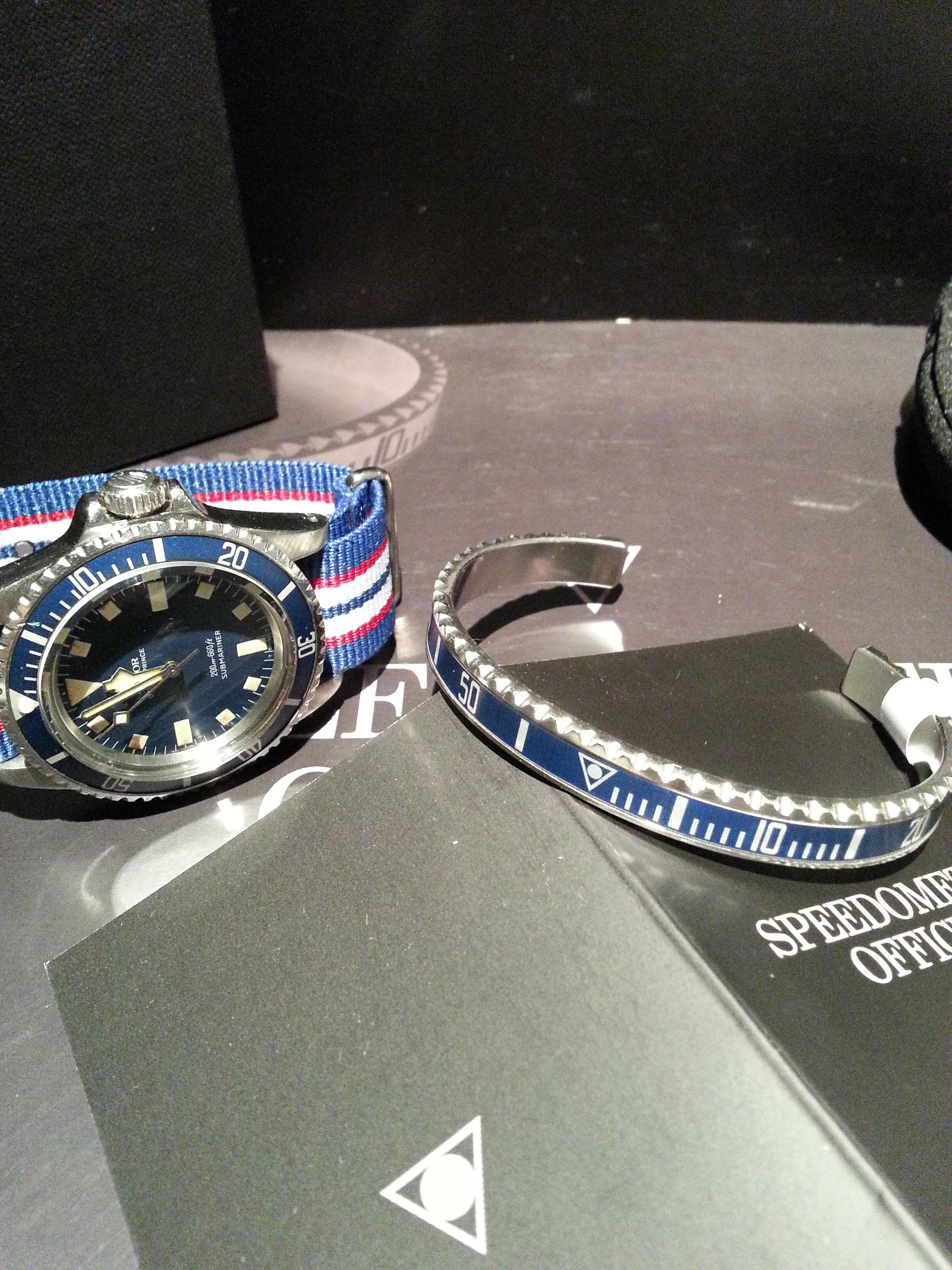 Bracelet Speedometer Official Neuf.