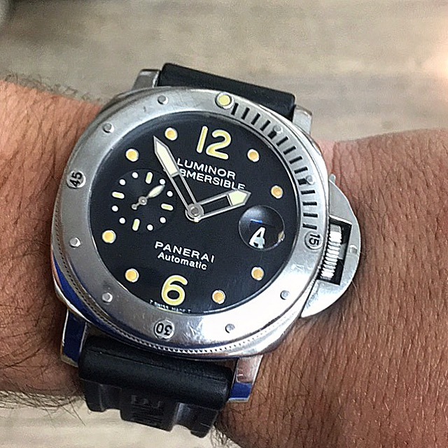Montre occasion Panerai Luminor Submersible  PAM 00024 .